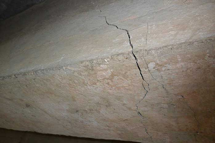 Nguyên nhân và cách khắc phục hiện tượng dầm nhà bị nứt